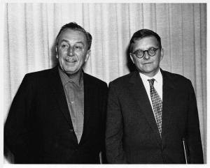 Walt Disney. y Dmitri Shostakovich fotografiados en el viaje a USA del compositor en noviembre de 1959.